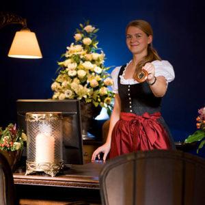 SCHLOSS_FUSCHLbySchatzl-300x300 » hotel »